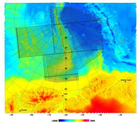 Kort 2, der viser de planlagte flyvelinier for indsamling af aerogravimetriske og aeromagnetiske data sammen med de tre landingsbaner