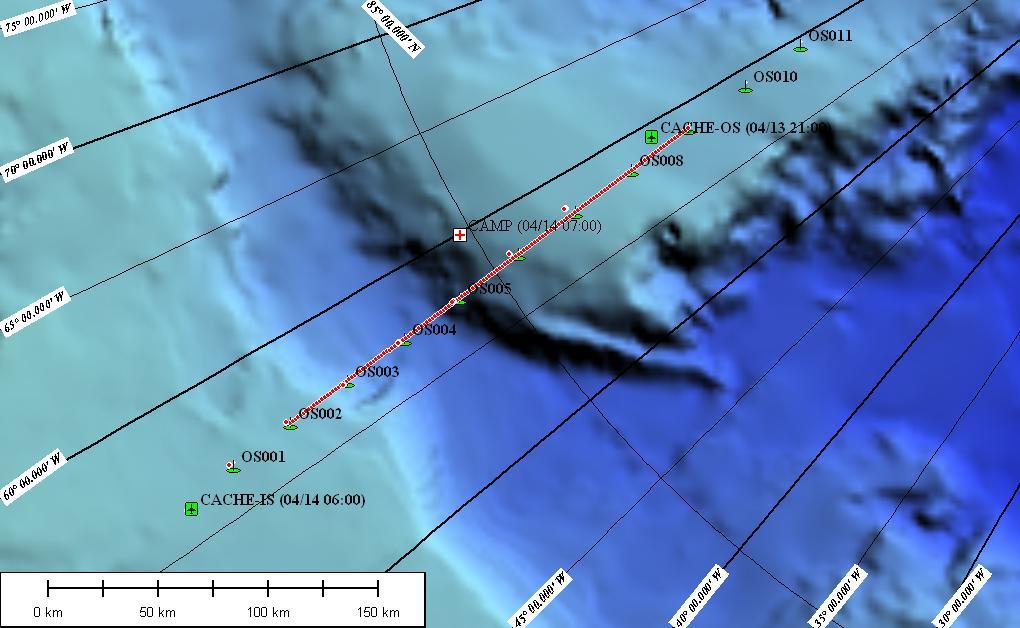 Kort over den ydre linie. Grønne ellipser viser de planlagte sprængningssteder. Den 17. april er der monteret ladninger fra OS1 til OS7, og vi mangler således kun de 4 nordligste. De grønne firkanter med flysymbolet – Cache IS og Cache OS viser henholdsvis det sydlige brændstofdepot, vi brugte under arbejdet på den indre linie, og det nordlige depot, der skal anvendes under arbejdet mod nord. Den hvide firkant med det røde kryds er den bemandede islejr, der også fungerer som depot for brændstof og sprængstof. Alle de små røde prikker langs linien er positioner, hvor der skal installeres instrumenter på isen. Her den 17. april er der installeret 70 stk.